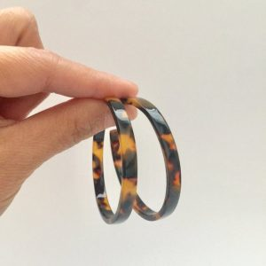 Leopard print faux tortoise shell large hoop earrings,earring,earrings ,acrylic earrings ,hoop earrings,large hoop earrings