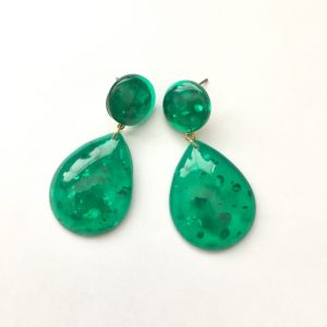 Trendy tear drop transparent green acrylic earrings , Made of acrylic & alloy - green earrings