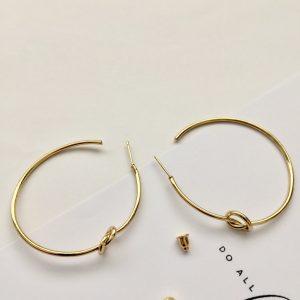 knot earrings,knot earring,knot earrings gold,love knot earrings,minimalist knotted gold hoop earrings,friendship knot earrings,minimalist knot earrings