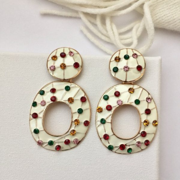 Truly gorgeous these white circular oval earrings with rhinestones, earrings,earring