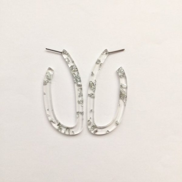 Beautiful silver foil gliding flakes oval hoop acrylic geometric earrings,Silver foil gliding flakes oval hoop earrings, Transparent earrings