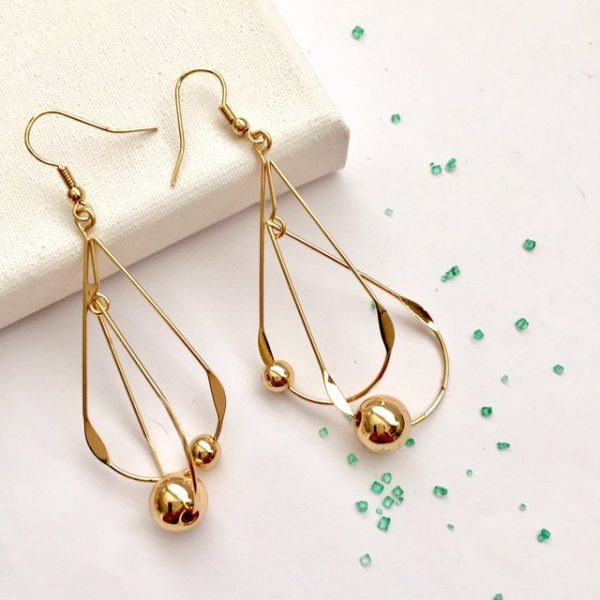 Gold round metal jointed gold oval hoop earrings, earrings #earrings