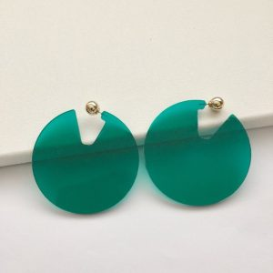 Beautiful transparent green circle earrings. If you're looking for big and bold