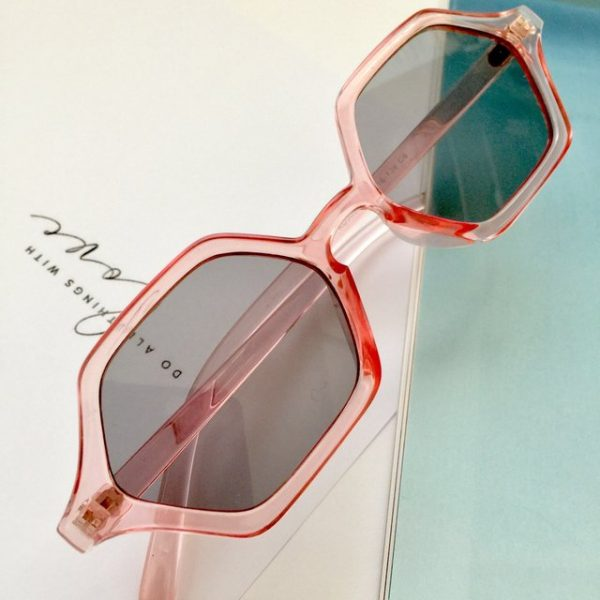 Trendy pink transparent octagon-shaped sunglasses