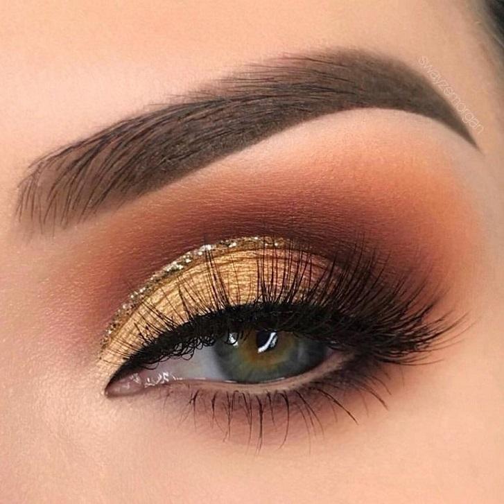 Soft glam gold eye makeup #eyemakeup #makeup #glammakeup #eyemakeup