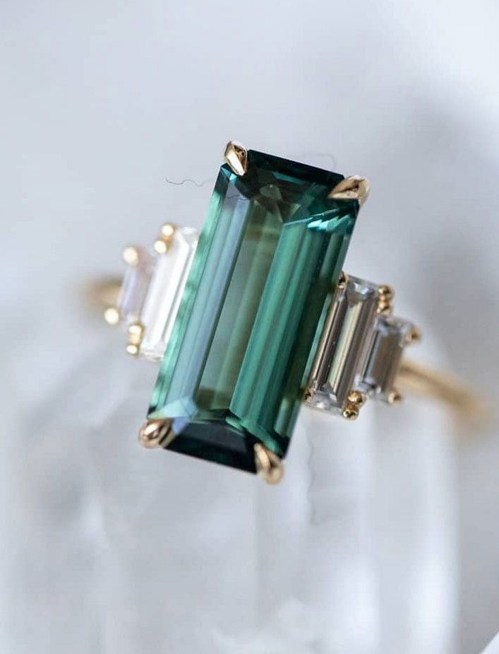 Green Emerald cut engagement ring - 11 These stunning engagement rings that make occasion more meaningful #engagement #solitaire