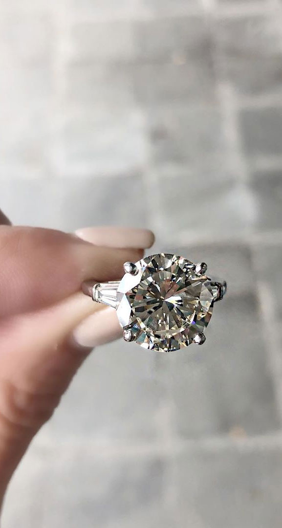 35 Engagement Rings That Are Incredibly Trendy - unique engagement ring #diamond , solitaire , pear-shaped engagement ring ,round cut #engagmentring