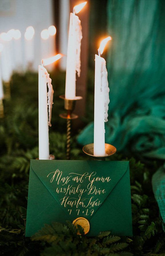 Emerald green and gold color theme - greenery wedding table runner + green wedding invitation with gold written #wedding
