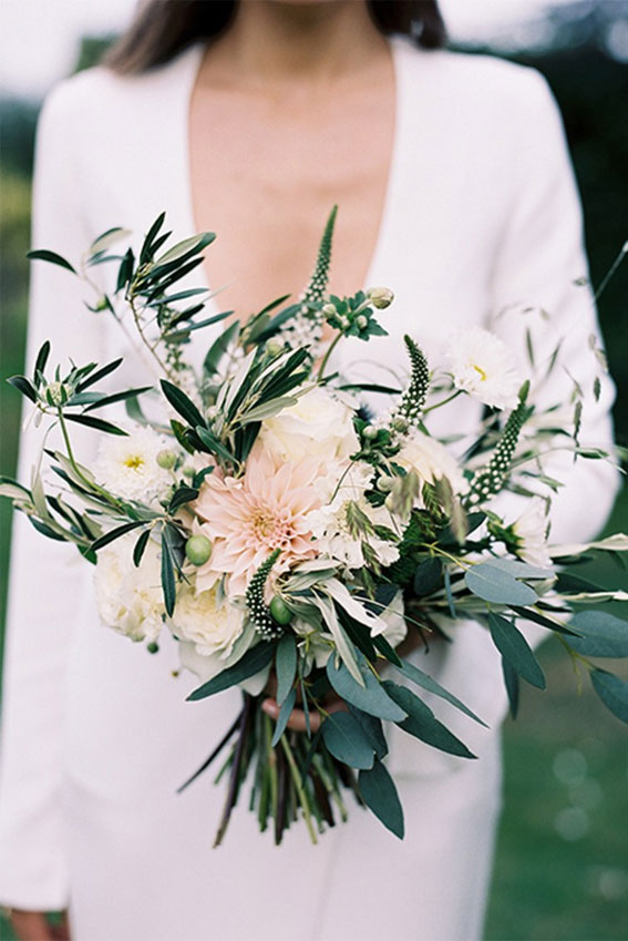 Pretty green and blush, white wedding bouquet - winter wedding #bouquet #wedding