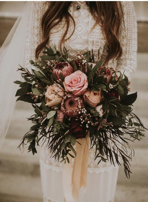 Beautiful autumn wedding bouquet #weddingbouquet fall wedding ideas