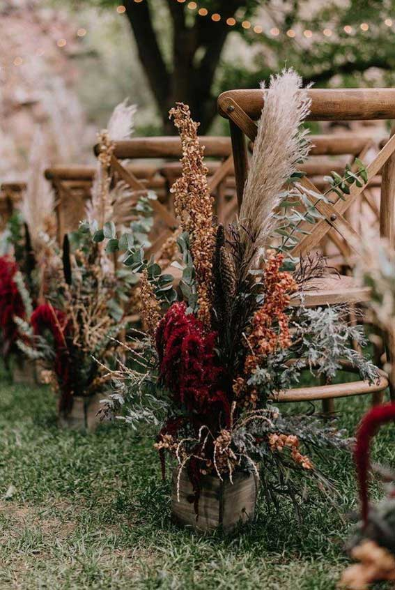 Fall wedding ceremony decoration - wedding aisle #wedding #ceremony #weddingceremony
