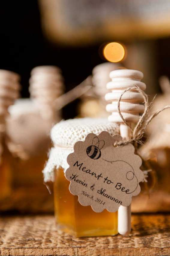Autumn wedding favor ideas - honey wedding favor #autumn #wedding #fallfavor