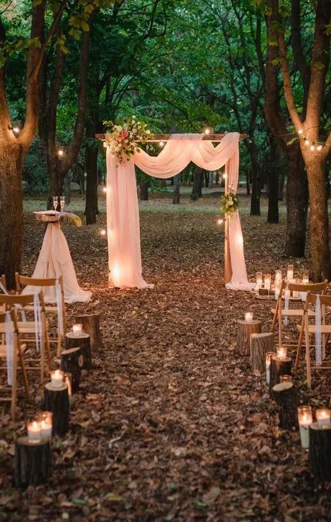 19 Unique ways for a budget friendly wedding - wedding ceremony decoration ideas, woodland wedding #weddingdecor #weddingideas #ceremony