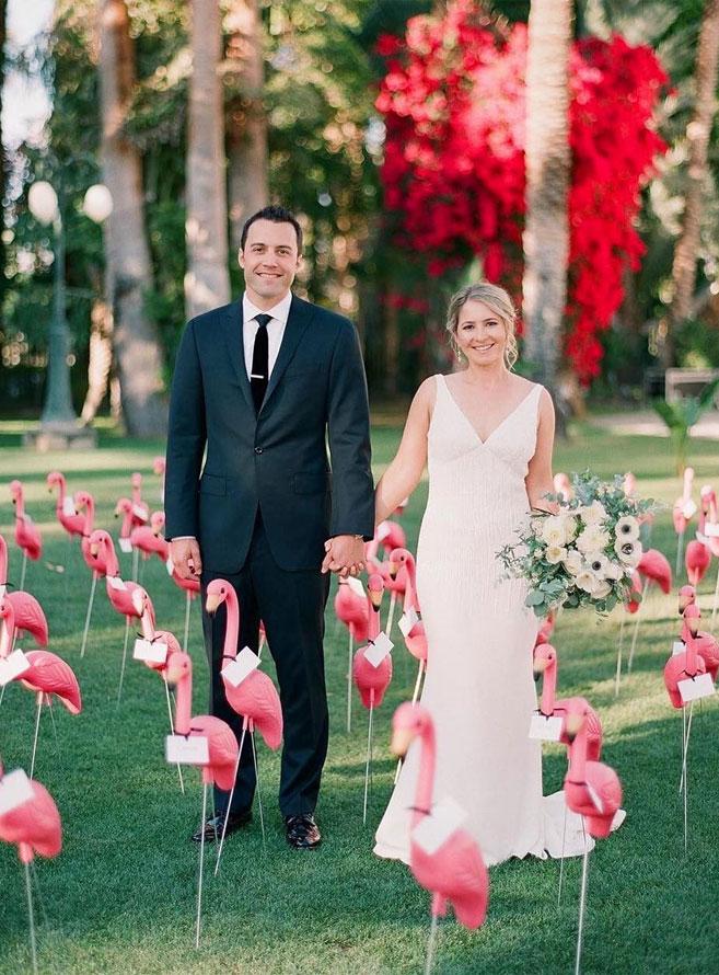 flamingo escort cards, escort cards , fun escort card ideas , creative escort cards