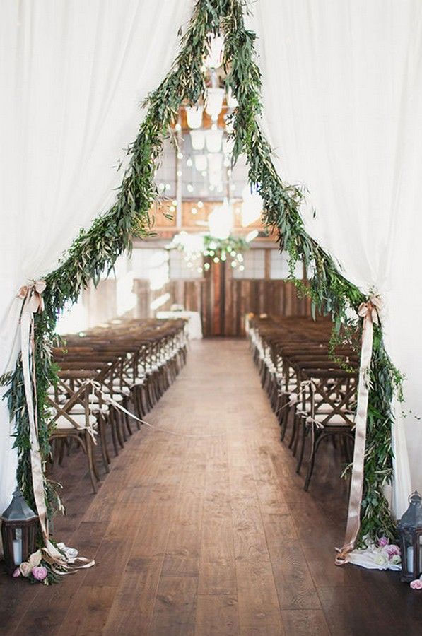 14 beautiful wedding entryway ideas for ceremony & reception