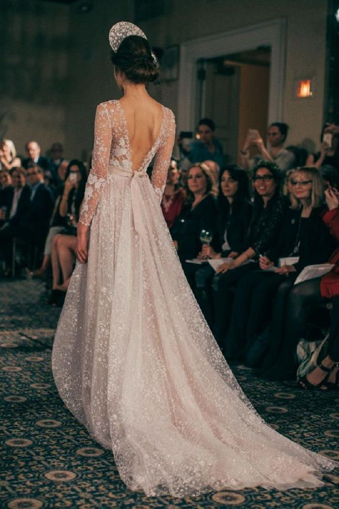 Beautiful long sleeve wedding dress with v-back perfect for any winter wedding | fabmood.com