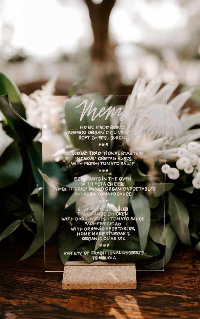 wedding menu, calligraphy on glass wedding menu, wedding menu displays #weddingideas #weddingmenu