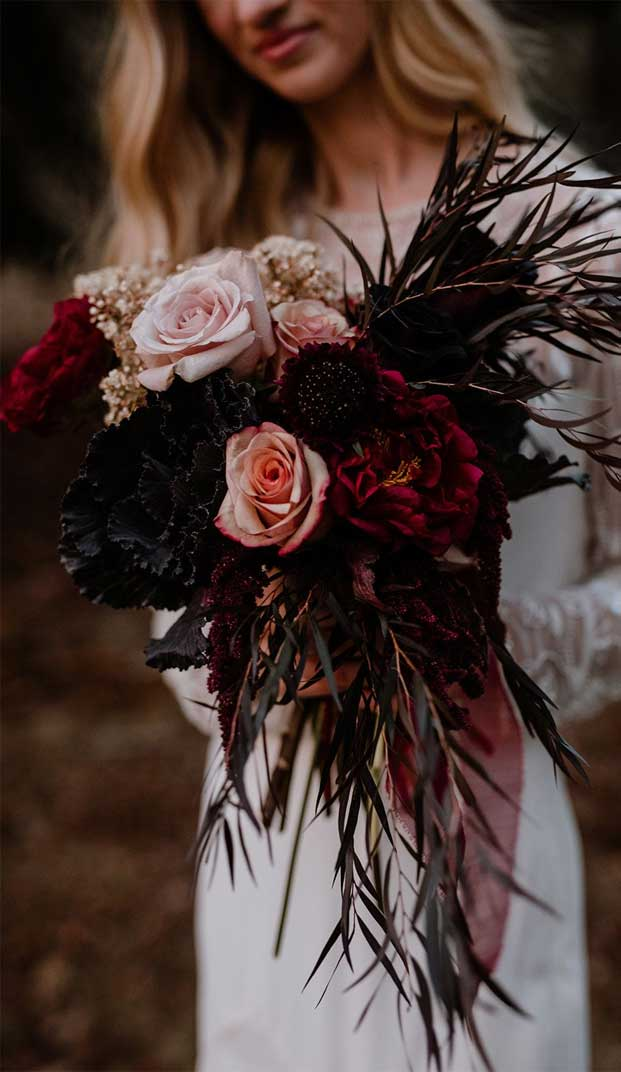 wedding bouquet, wedding bouquets, wedding bouquet ideas, bridal bouquets, wedding bouquet colors, bridal bouquet colors, wedding bouquets 2020 #bridalbouquet #bouquet autumn bouquet