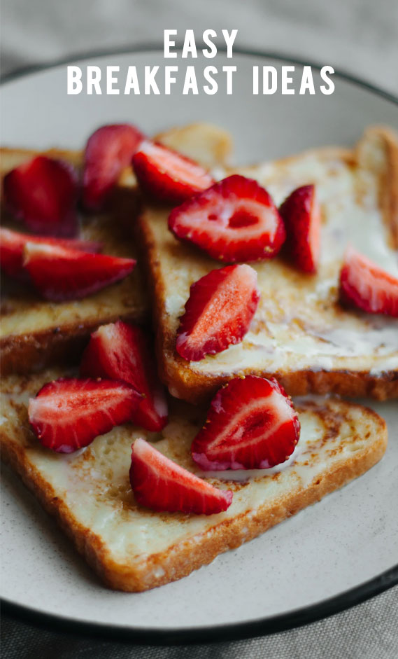 strawberry on toast, toast topped with strawberry and condensed milk #eastybreakfast #breakfastideas