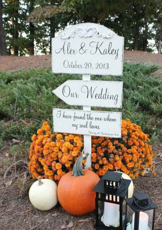 fall wedding decor, outdoor wedding decor, pumpkin wedding decor #fallwedding #pumpkins