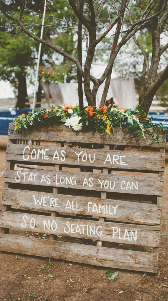rustic wedding ideas, outdoor wedding ideas, wedding sign #weddingsign