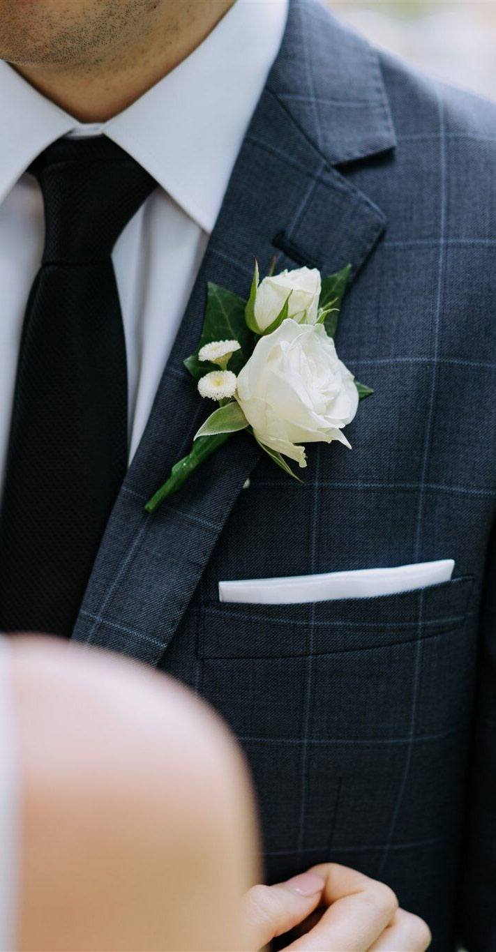white rose boutonnieres , boutonniere ideas