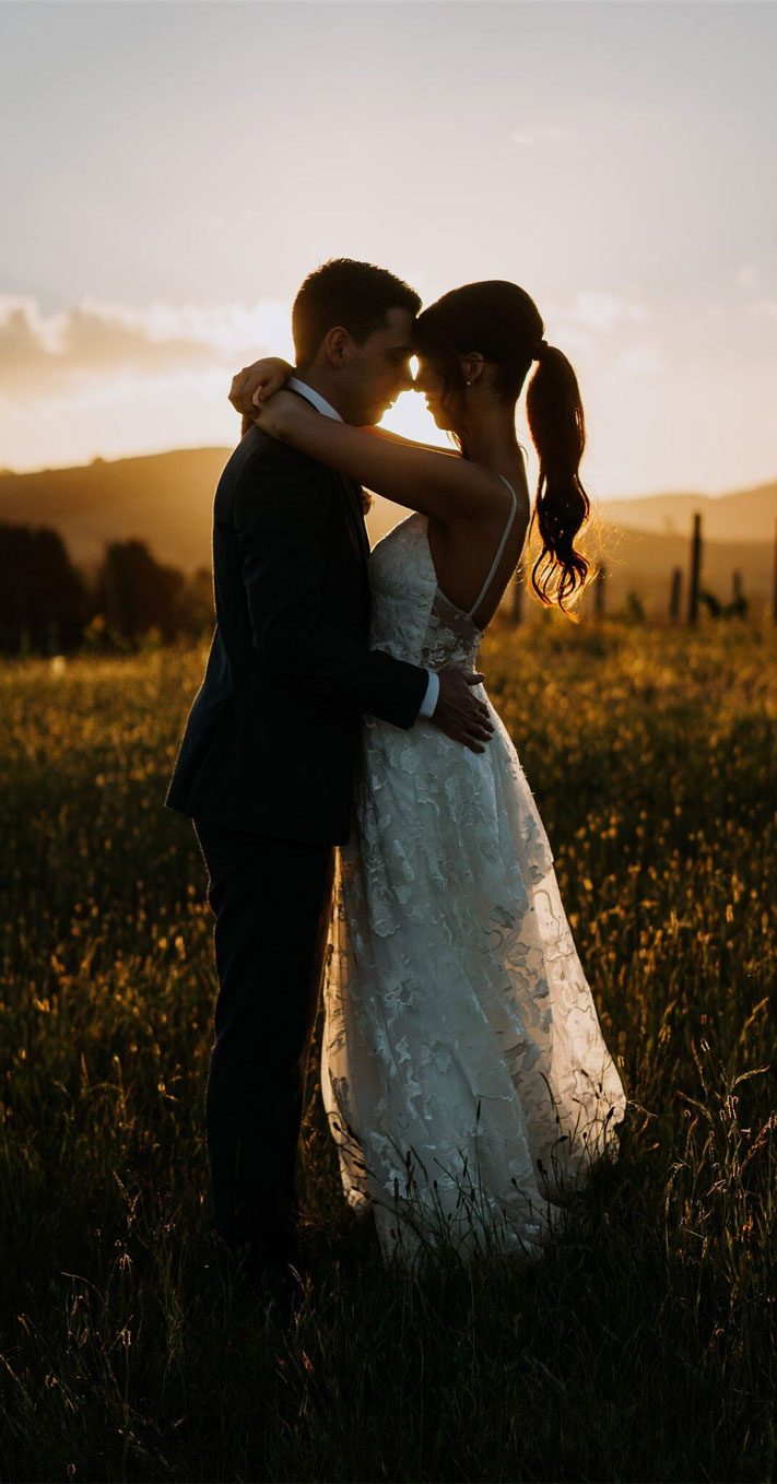 romantic bride and groom portraits , romantic wedding portraits , sunset wedding photos, beautiful captured bride and groom sunset, sunset wedding photos, bride and groom wedding photos