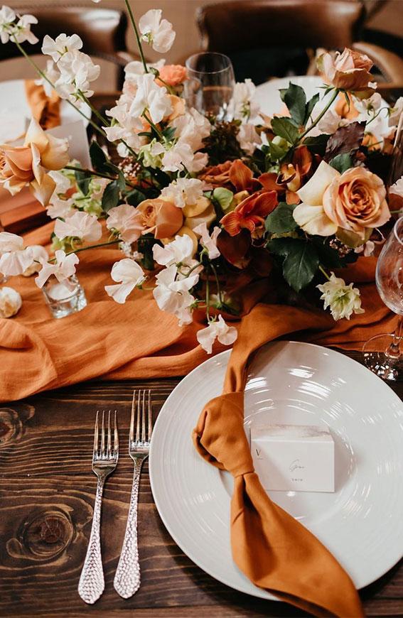 autumn wedding table, urban wedding table ideas, urban wedding table decor, urban wedding decoration, wedding table decoration ideas, urban wedding reception