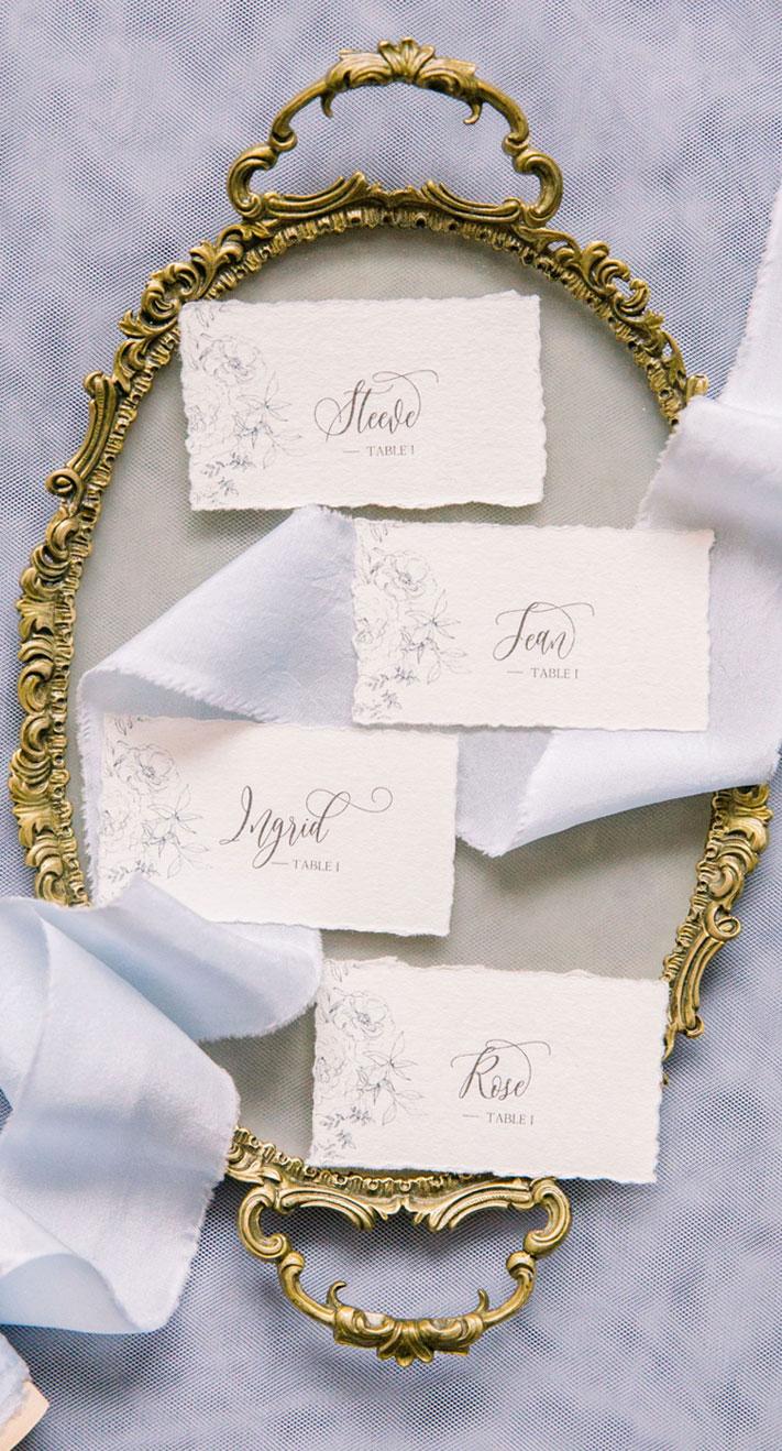 wedding escort cards, calligraphy escort cards, wedding ideas #escortcards