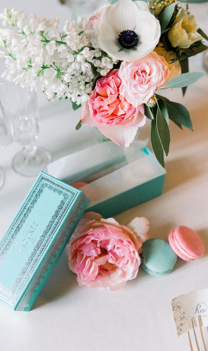 macaron wedding favors, wedding favors, french wedding favors, wedding favor ideas , macaron french wedding favors #weddingfavors