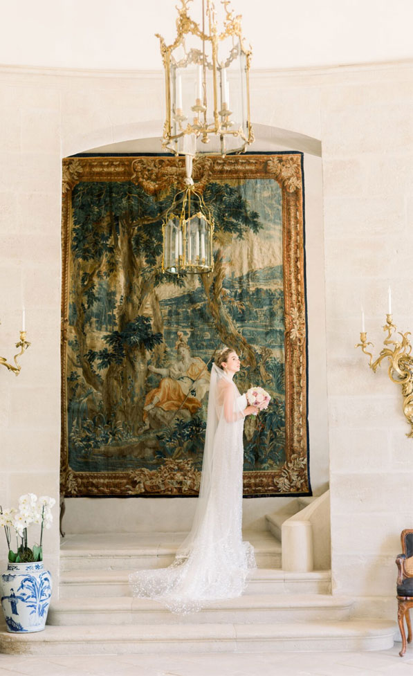 beautiful bride, bride portraits , wedding portraits, french chateau wedding , bride and groom portraits, bride and groom wedding photo