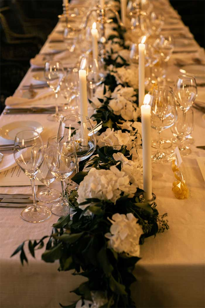 white and greenery wedding table centerpieces, wedding tablescape , elegant wedding table setting