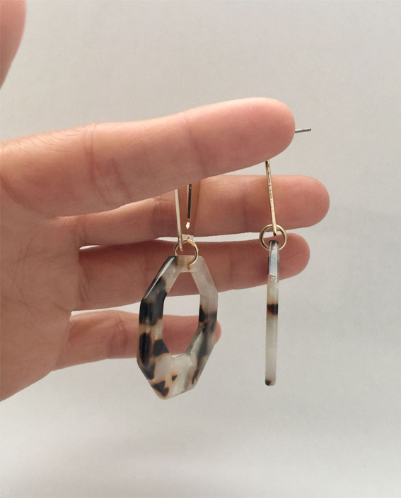 gold coffin jointed hexagon tortoiseshell earrings