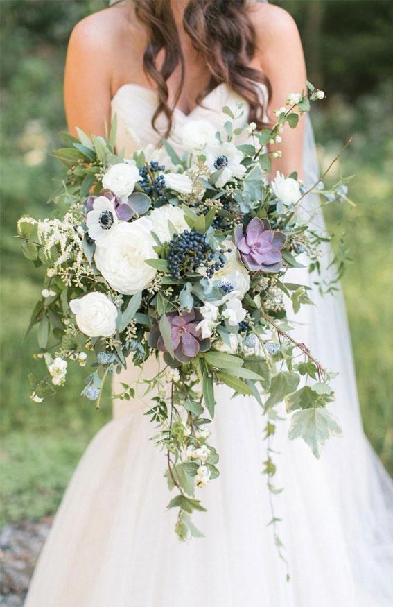 summer wedding bouquet, white bouquet with purple details, summer bouquet , bridal bouquet, white and green bouquet, sage and white bouquet #bouquet