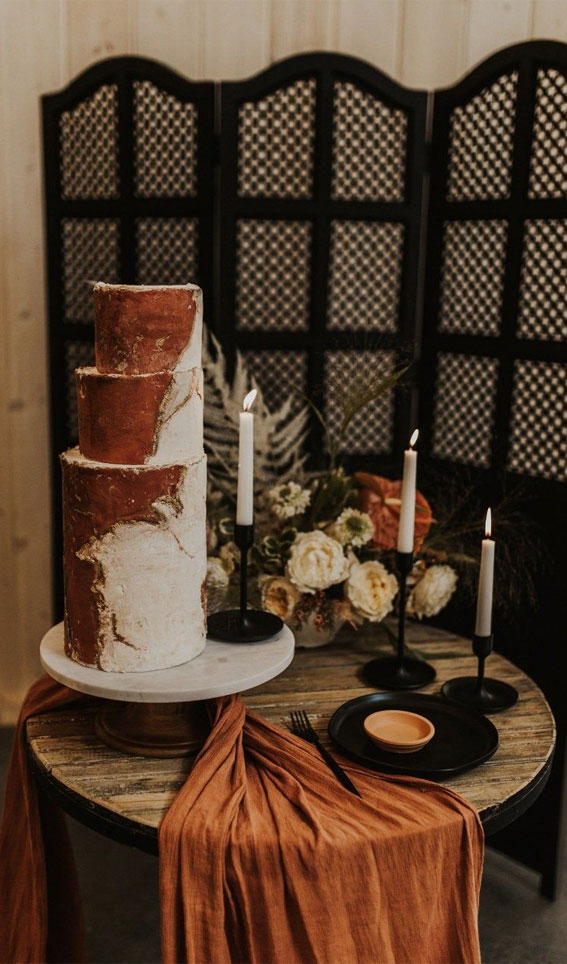 wedding cake, terracotta inspired wedding cake , terracotta table runner