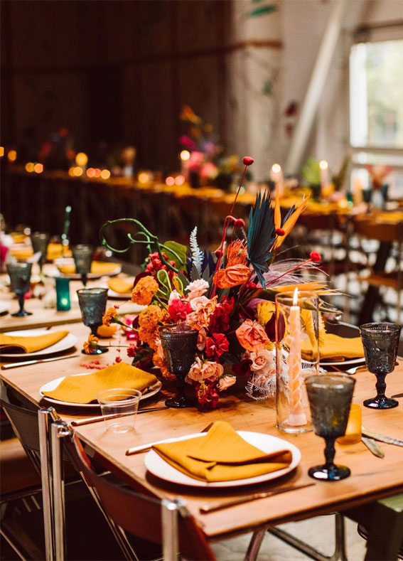 autumn wedding table, topaz wedding color, wedding tablescape, wedding table setting, tablescape , wedding table decors, wedding table decorations