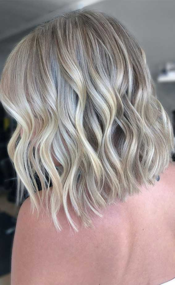 lob haircut 2020, lob hairstyle 2020, lob vs bob, lob haircut with layers, bob hairstyles, lob with bangs, blunt bob, blonde lob