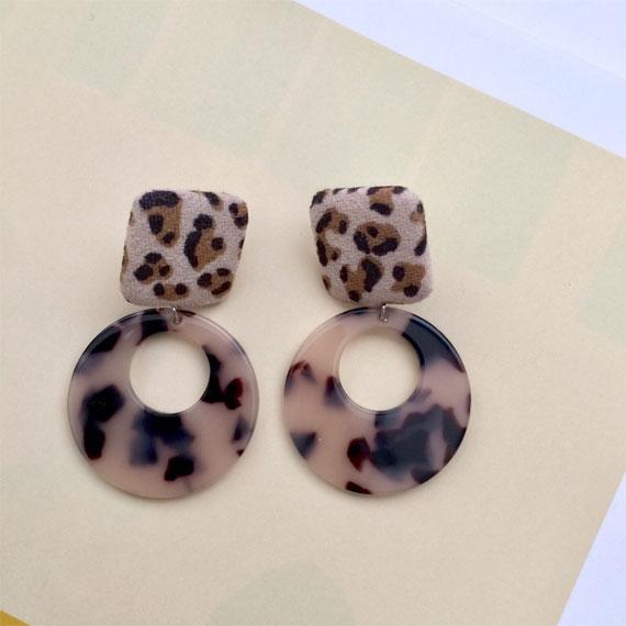 leopard print on fabric earrings, fabric earrings, leopard earrings, animal print earrings, leopard fabric earrings