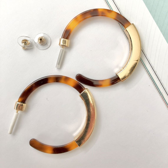 tortoiseshell earrings, tortoiseshell earrings, hoop earrings, tortoiseshell hoop earrings