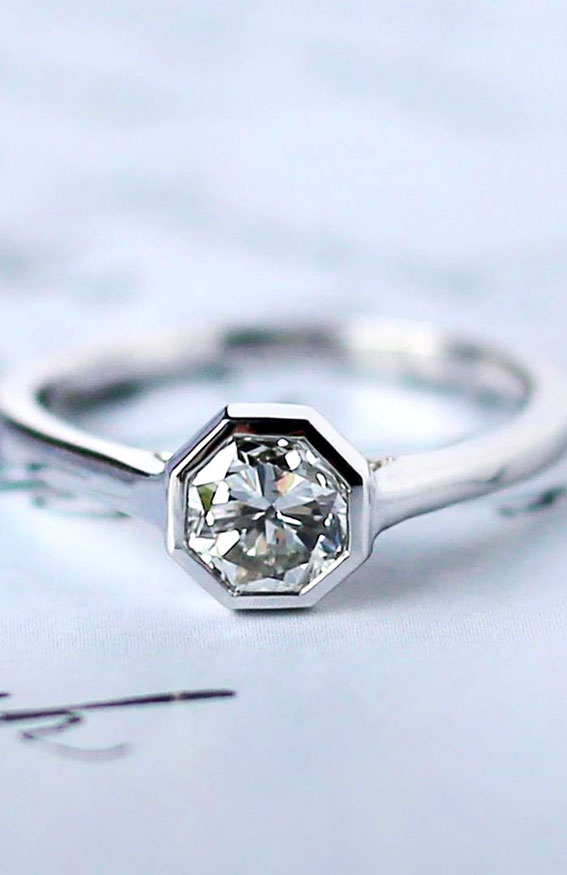 solitare octagon art decor ring, halo art deco engagement rings, best art deco engagement rings, art deco style engagement rings, art deco inspired engagement rings, art deco rings 1920, vintage engagement rings, vintage engagement rings 1920s