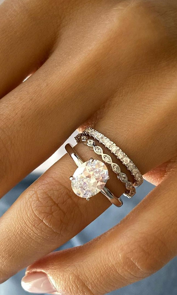 oval cut engagement ring, oval engagement ring, solitaire engagement ring