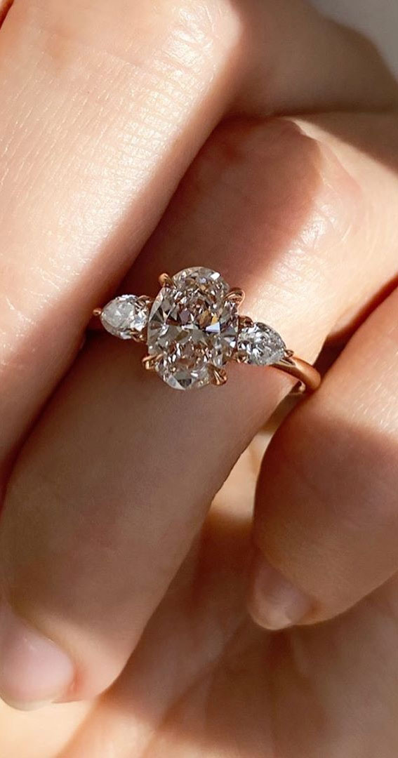 oval cut engagement ring , oval engagement ring #ovalcutengagementring