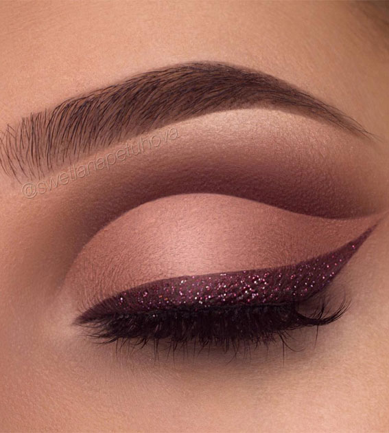 two tone eye makeup look, eye shadow look, eye makeup look, make up ideas , eye shadow makeup look