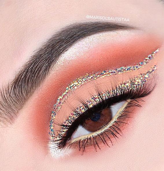 gold eye cut crease, eye shadow look, eye makeup look, make up ideas , eye shadow makeup look