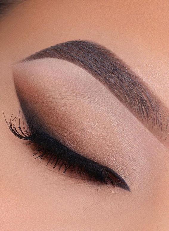 cutcrease eye liner, eye shadow look, eye makeup look, make up ideas , eye shadow makeup look