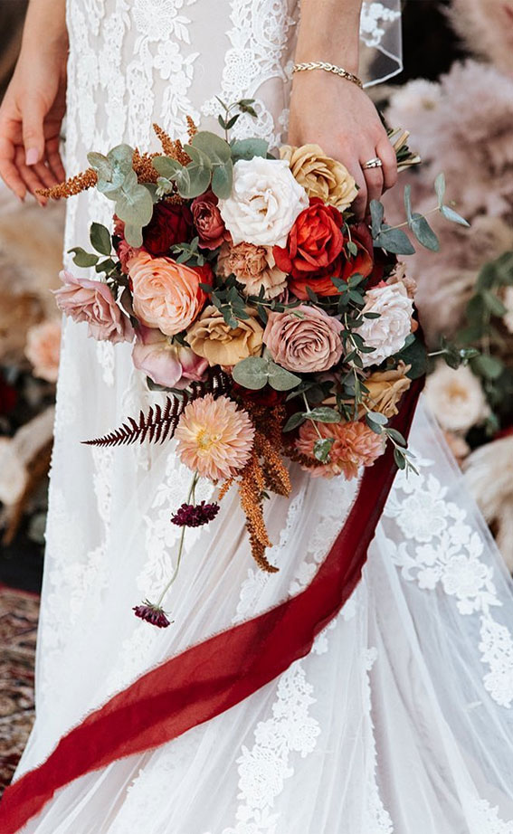 autumn wedding bouquet, wedding bouquet, soft fall bridal bouquet , romantic wedding bouquet