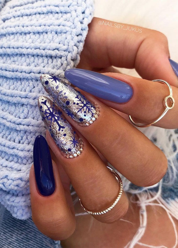 mismatched blue winter nails, blue snowflake nails, christmas nail designs 2020, christmas nail designs 2020, christmas nail art, easy christmas nail art, christmas nail ideas, christmas nail designs acrylic, christmas nails, festive christmas nails, festive nails, holiday christmas nails
