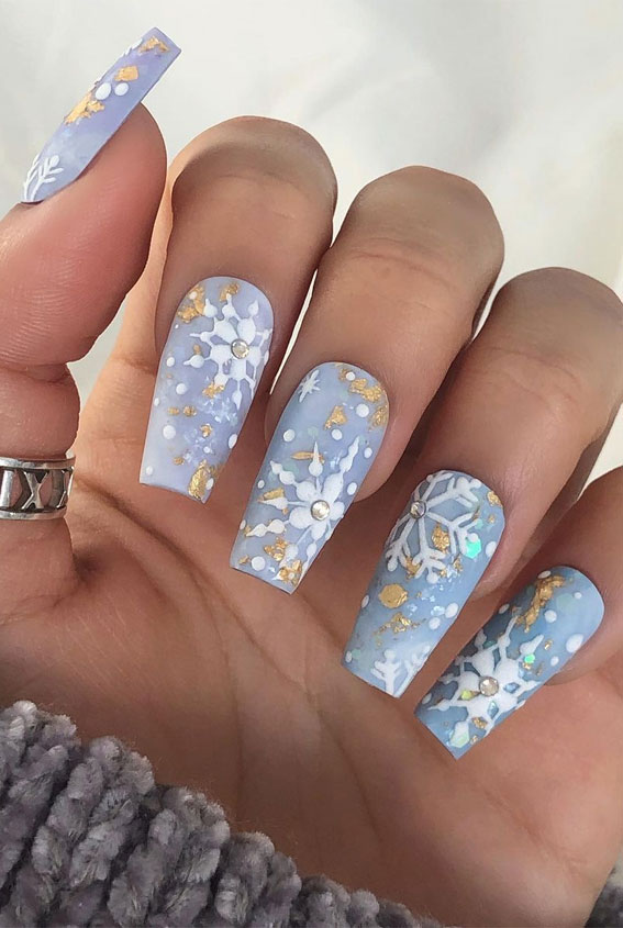 baby blue christmas nails, christmas nail designs 2020, christmas nail designs 2020, christmas nail art, easy christmas nail art, christmas nail ideas, christmas nail designs acrylic, christmas nails, festive christmas nails, festive nails, holiday christmas nails