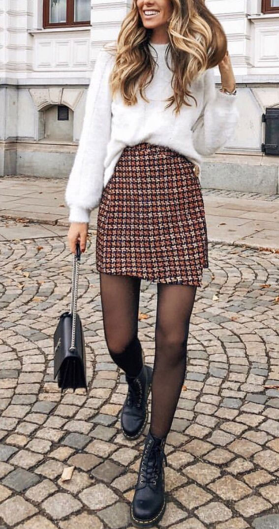 tweet skirt and sweater, fall outfit, fall fashion, oversized jumper, autumn outfit , fall fashion 2020
