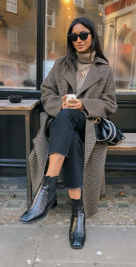 plaid jacket with ripped jeans, oversized jumper fall outfit, fall outfit, fall fashion, oversized jumper, autumn outfit , fall fashion 2020